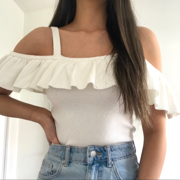 Forever 21 ruffle off shoulder top